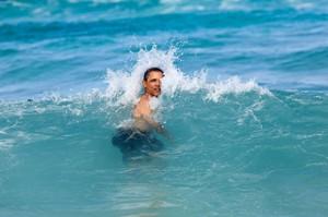 Obama swimming 2012