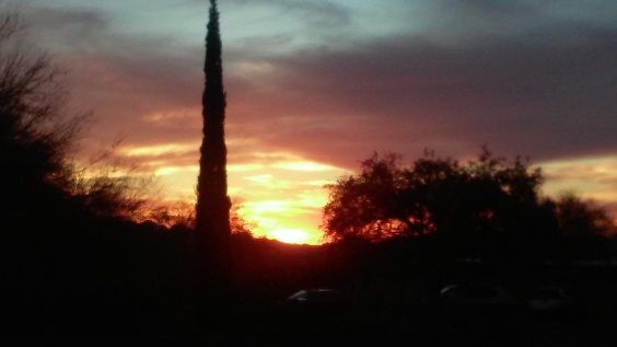 Can't find this sunset even from my FRONT yard.